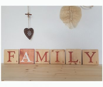family lettres deco terracotta